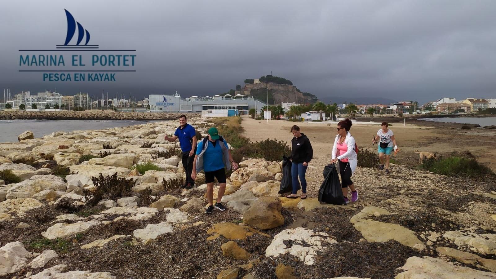 El club de Pesca de Marina El Portet se suma a #Kayakscontraelplastico