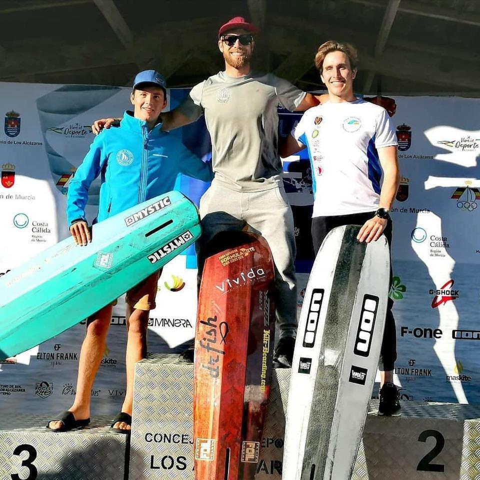 Alex Climent campeón Joaquín Molpeceres Marina el Portet KiteSurf
