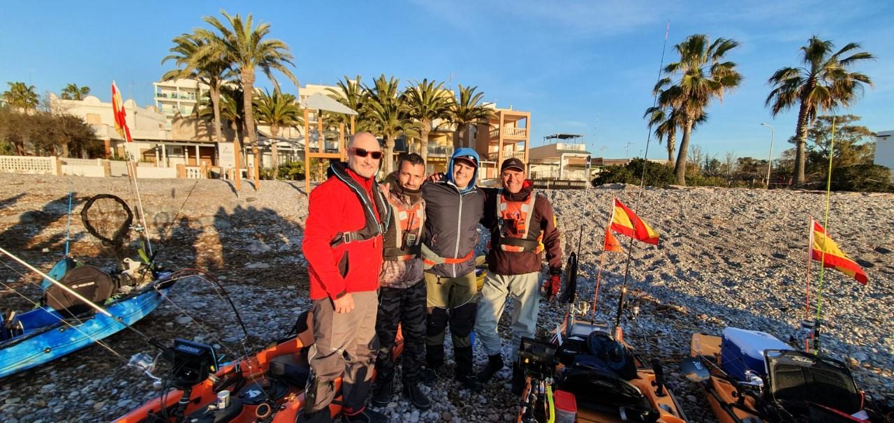 El Club de Pesca en Kayak de Marina El Portet en el autonómico