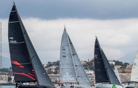 Joaquin Molpeceres equipo de vela Marina el Portet Denia en las 200 millas A2 de Altea