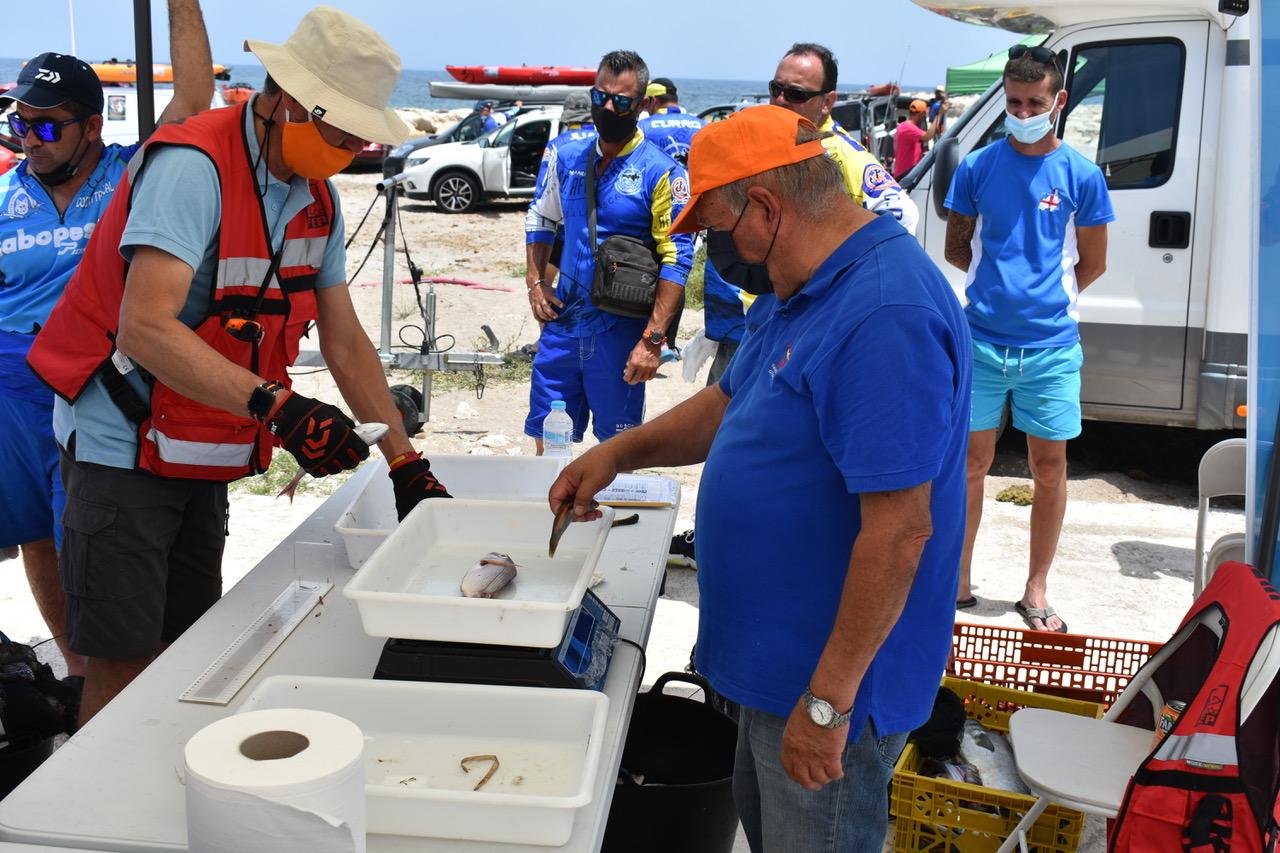 El Club de Pesca en Kayack de Marina el Portet de Dénia en el Campeonato Nacional en Valencia